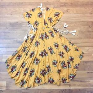Bohemian, batwing Floral Cut Out Midi Dress